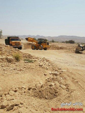 عملیات احداث شانه خاکی و اصلاح پیچ های خطرناک مسیر کوهیچ - بستک